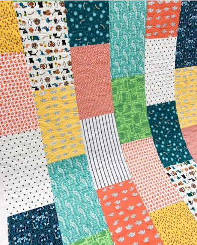use fat quarters to make this simple quilt