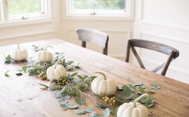 Mini white pumpkin table runner