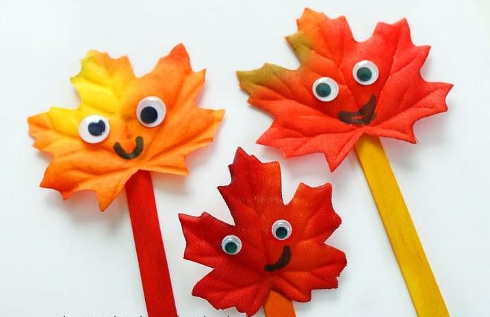 Super cute popsicle stick leaf puppets