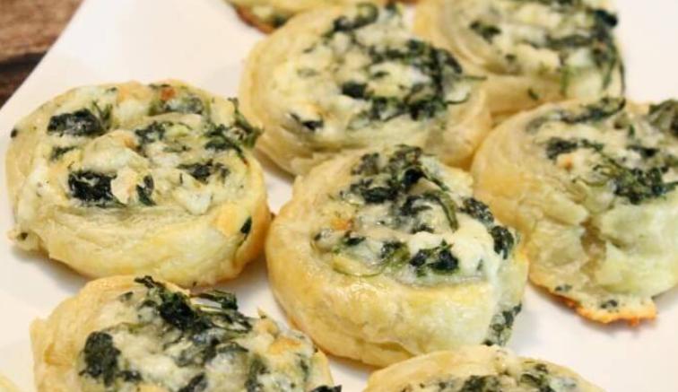 Bite sized creamy spinach roll