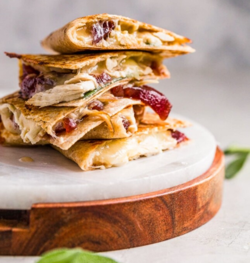 turkey leftovers quesadilla-style recipe for thanksgiving