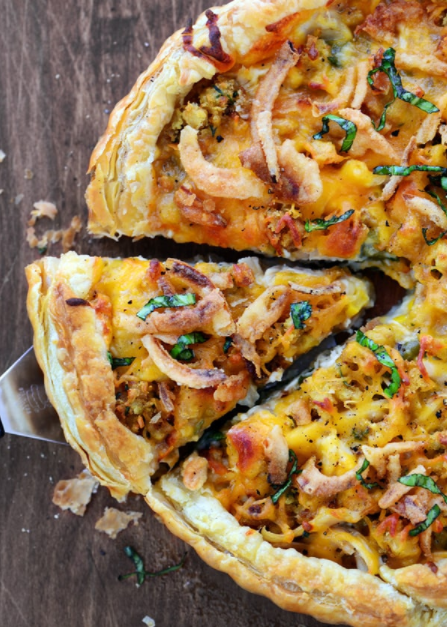 delicious thanksgiving pizza recipe in puff pastry crust