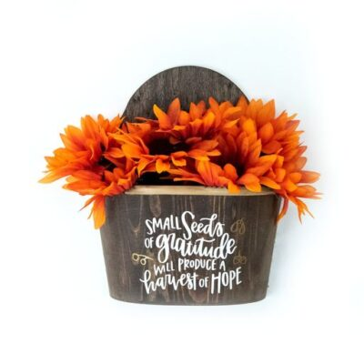 DIY Fall Door Decor thumbnail