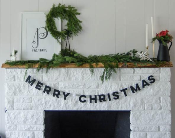 diy felt letter christmas garland holiday decor