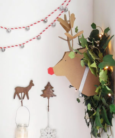 diy straw jingle bell garland christmas holiday decor
