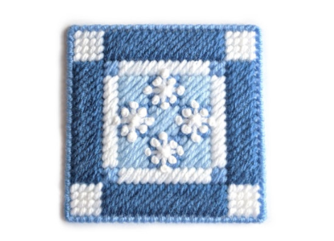 A beautiful winter coaster perfect for gifts or parties