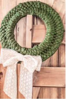 How to weave a lovely winter wreath a homemade craft project