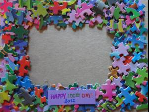 jigsaw puzzle picture frame with 100 puzzle pieces