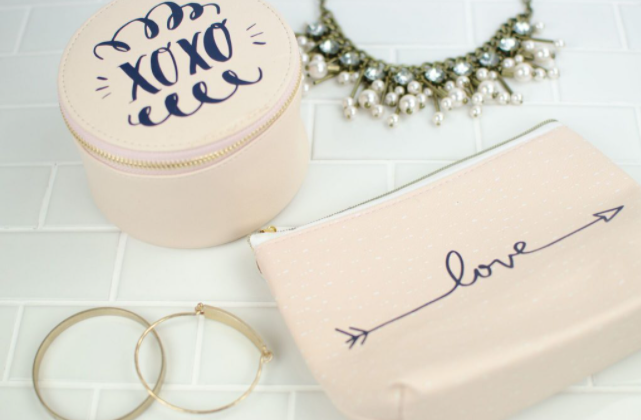 makeup and jewelry bags customized to say XOXO and love on them