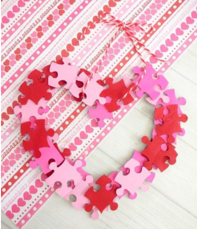 Valentine puzzle wreath shape like heart