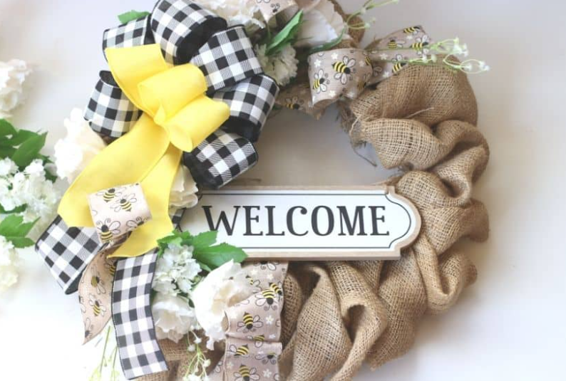 Rustic farmhouse wreath with a text Welcome