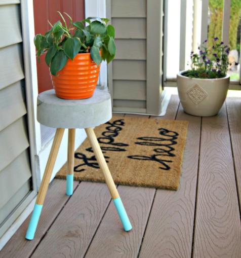 Cheap and homemade concrete stool or plant stand porch garden decor