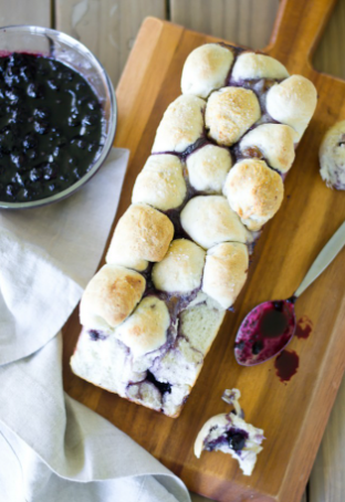 blueberry brie pull apart bread