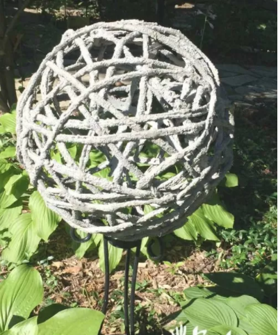 Beautiful and homemade concrete garden orbs for display