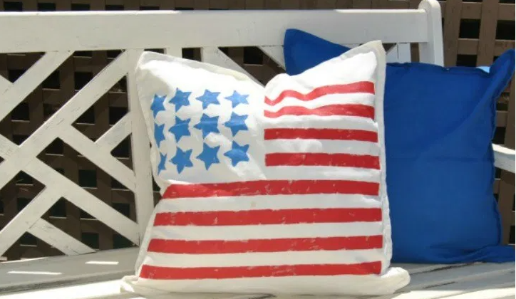 Easy to make 4th of july holiday patriotic pillows