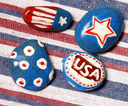 An easy to make patriotic tablecloth weights craft project