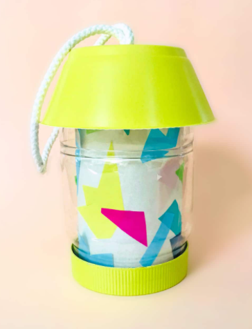 Super cute upcycled jar turned into a flameless camp lantern