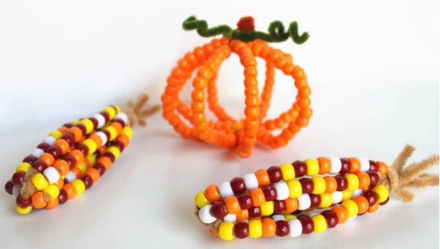 Beautiful pony bead Indian corn thanksgiving holiday craft