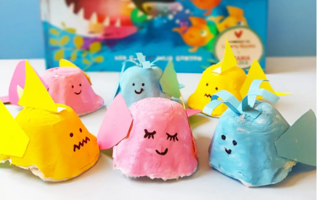 A cute and colorful egg carton finny fin fish summer craft for kids