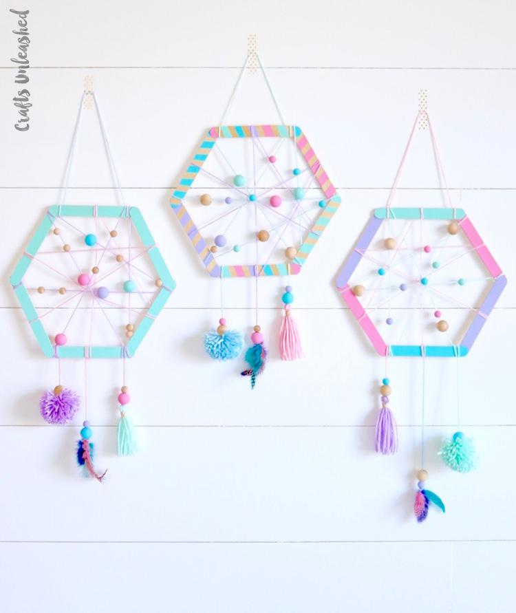 An easy to make handmade hexagon dreamcatcher for kids room decor