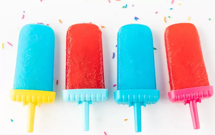 An easy to make homemade jell-o popsicles the ultimate summer treat
