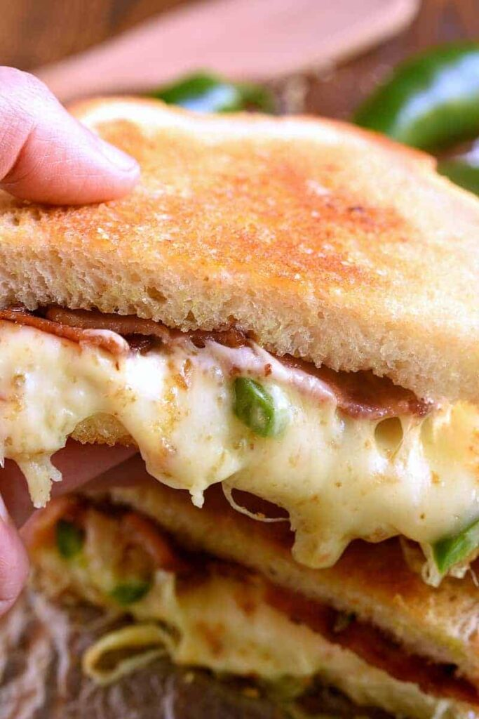 Jalapeño grilled cheese sandwich