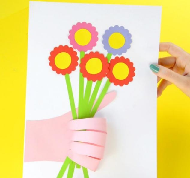 hand pint flower boquet